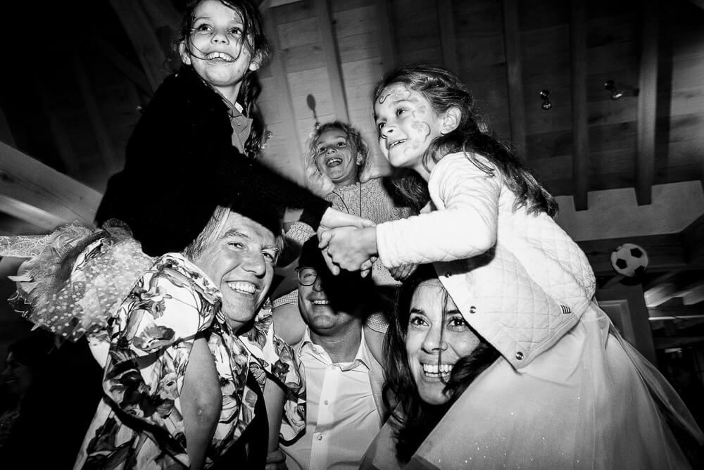 communiefoto's, spontaan, ongedwongen, fotograaf communiefeest lentefeest, Gent