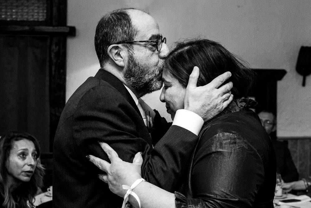 huwelijksfotograaf, knuffel